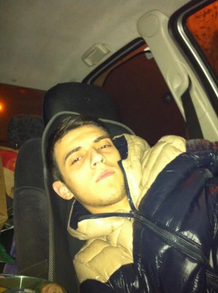 Bogdan11111, barbat, 26 ani, BUCURESTI