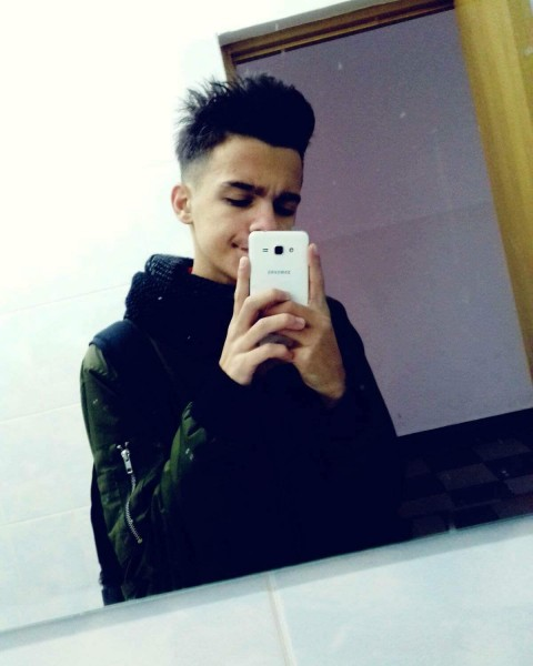 DanuDda11, barbat, 19 ani, BUCURESTI