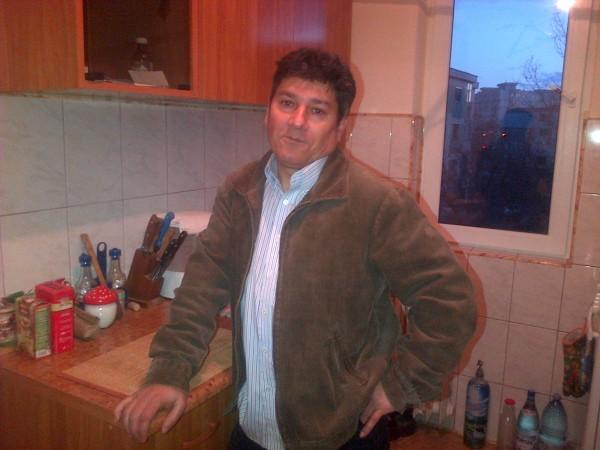 luciansami, barbat, 59 ani, Galati