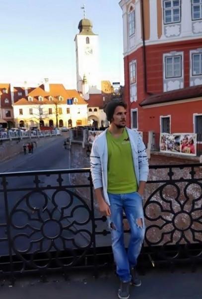 seb0, barbat, 22 ani, Sibiu