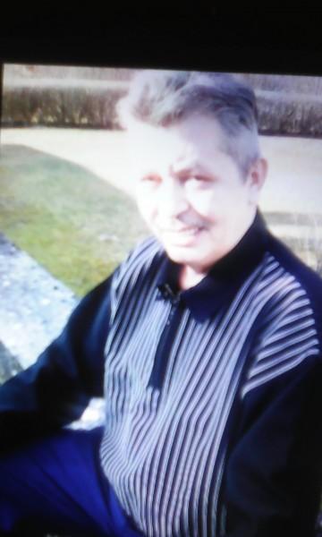 1961yuli, barbat, 57 ani, Romania
