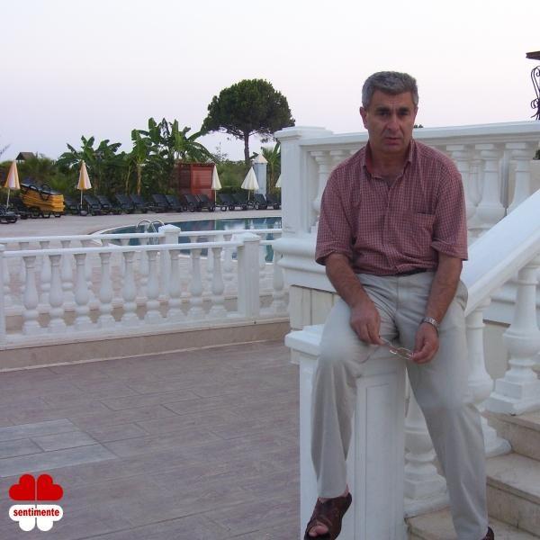 viorelborg, barbat, 60 ani, Arad
