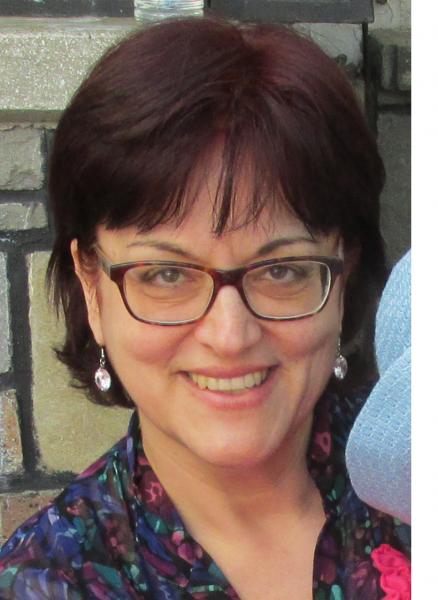 Ella_malex, femeie, 60 ani, Moinesti