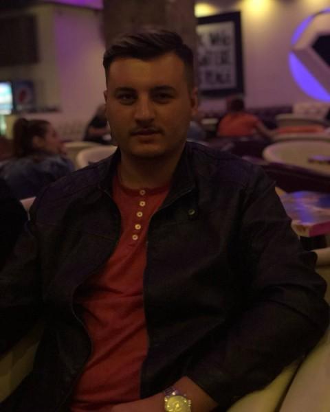 RomeoMarin, barbat, 25 ani, BUCURESTI
