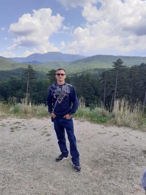Olaru_Iulian, barbat, 34 ani, Iasi
