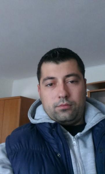 vivy, barbat, 28 ani, BUCURESTI