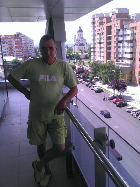 Romeo_CO, barbat, 57 ani, Buhusi