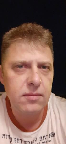 Claudiu_75, barbat, 45 ani, Franta