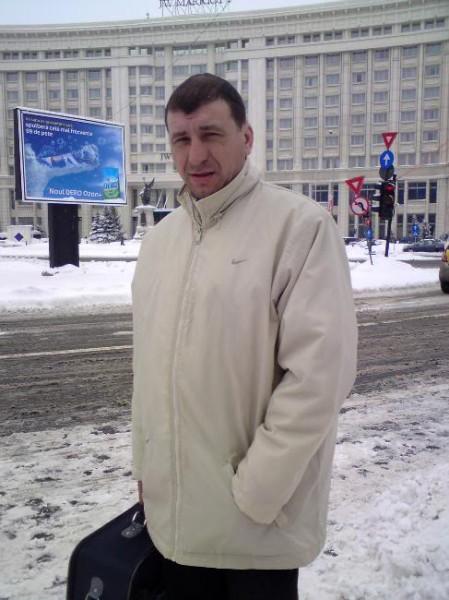 dumyyy, barbat, 51 ani, Galati
