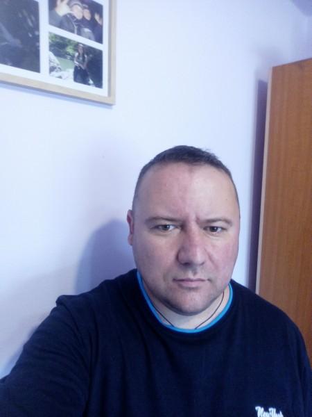 poptertulian, barbat, 40 ani, Cluj Napoca