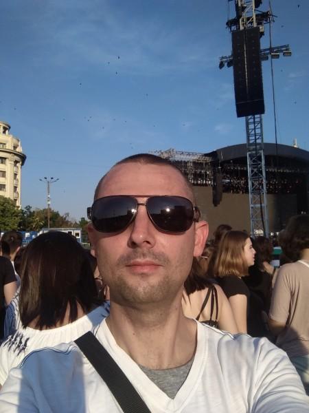 simvio2002, barbat, 41 ani, BUCURESTI