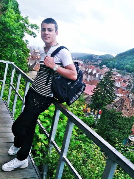 IonutTR, barbat, 24 ani, Brasov