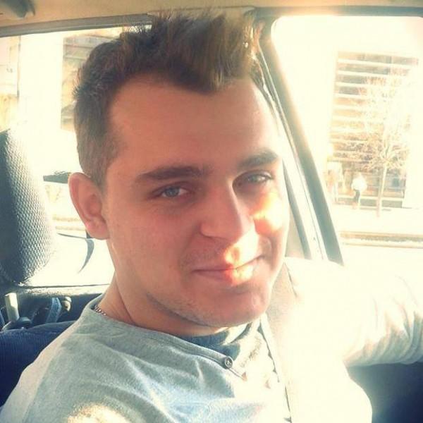 robertogabriel, barbat, 24 ani, Arad