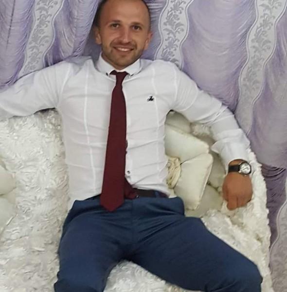 GabrielLuc, barbat, 34 ani, Botosani