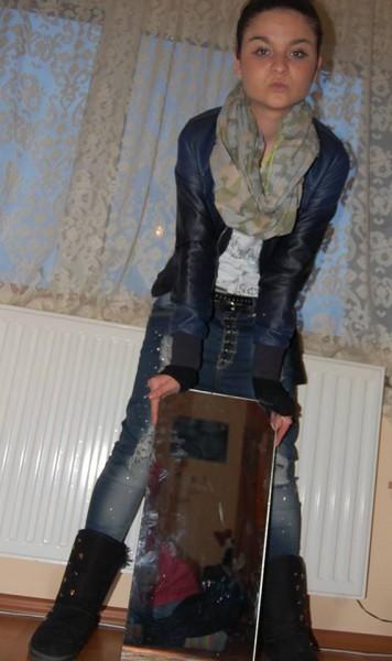 Irenneeee, femeie, 29 ani, Campina