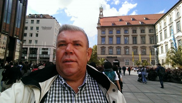 DonCamillo, barbat, 60 ani, BUCURESTI