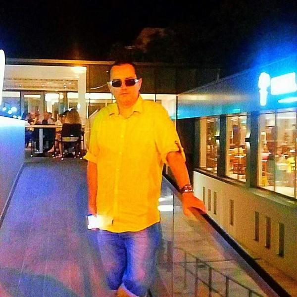 ChrisComposer, barbat, 41 ani, Oradea