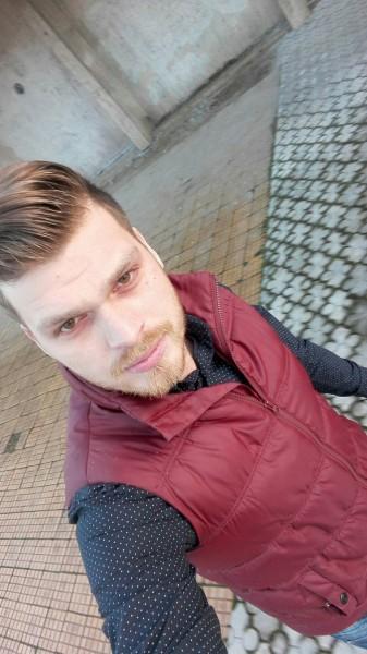 Boughyyy, barbat, 30 ani, BUCURESTI
