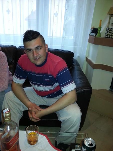 andreiflaviu, barbat, 24 ani, Targoviste