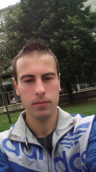 fllorrinn, barbat, 29 ani, Pitesti