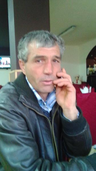 Viorel_40, barbat, 45 ani, Harlau