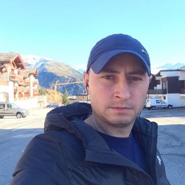 Mitcham33, barbat, 36 ani, Romania