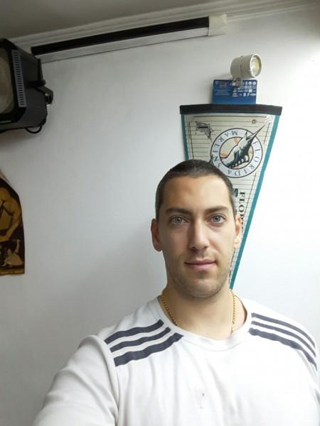 andy246, barbat, 30 ani, Constanta