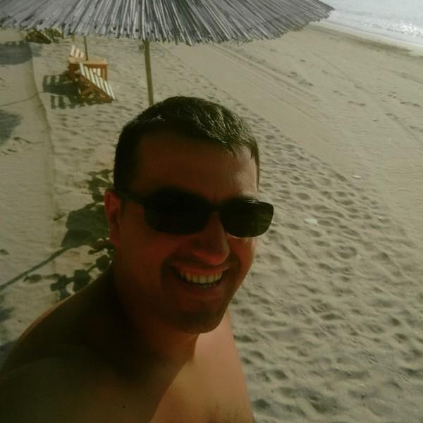 rauloi, barbat, 28 ani, Baia Mare
