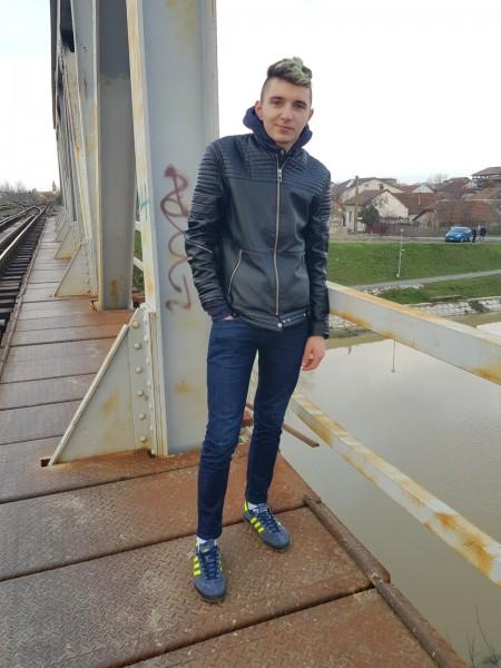 PaulDorin, barbat, 21 ani, Timisoara