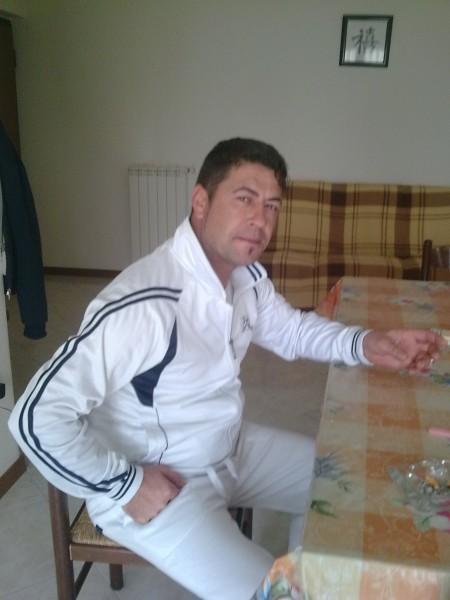 daniele33, barbat, 40 ani, Italia