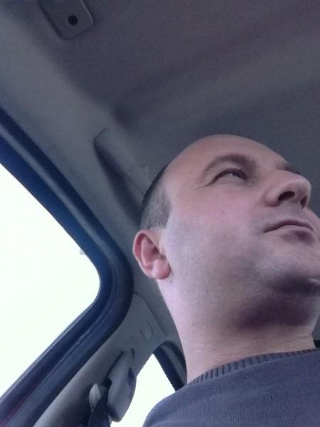 Nicu777777, barbat, 37 ani, Bacau