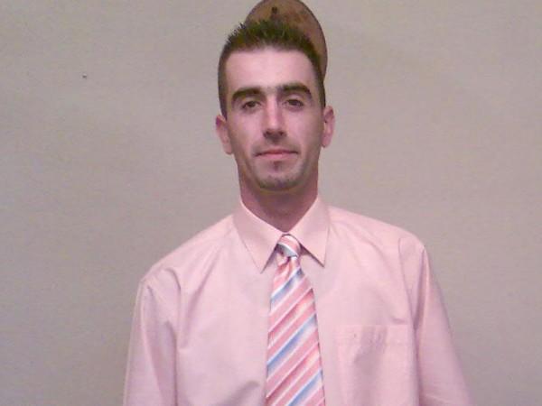 cole28, barbat, 36 ani, Spania