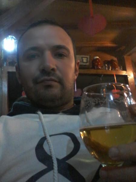 moldy77, barbat, 36 ani, Cluj Napoca