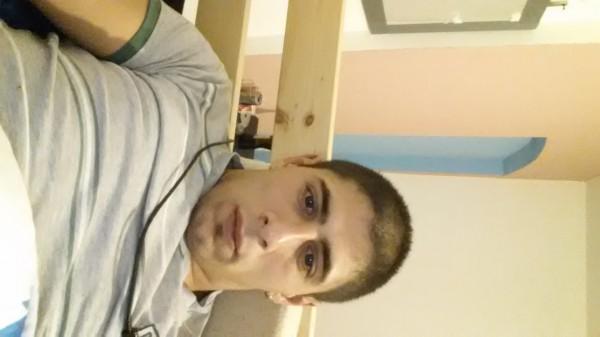 ovydyuvydu, barbat, 26 ani, Sibiu