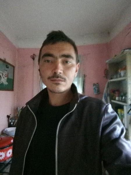 Bogdanbubu, barbat, 27 ani, Drobeta Turnu Severin