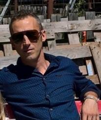 Costel_costi, barbat, 37 ani, Italia