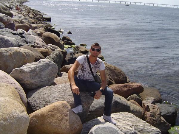 Octavian27, barbat, 31 ani, Targu Jiu