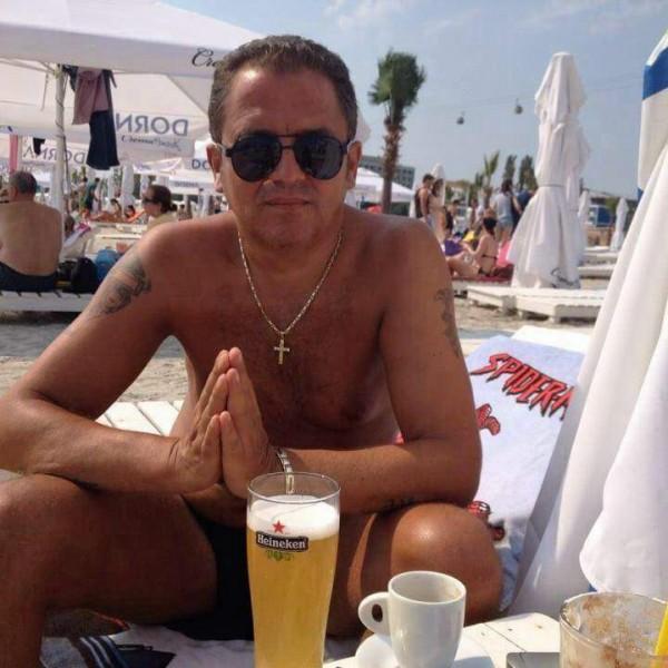 Keke2, barbat, 49 ani, BUCURESTI