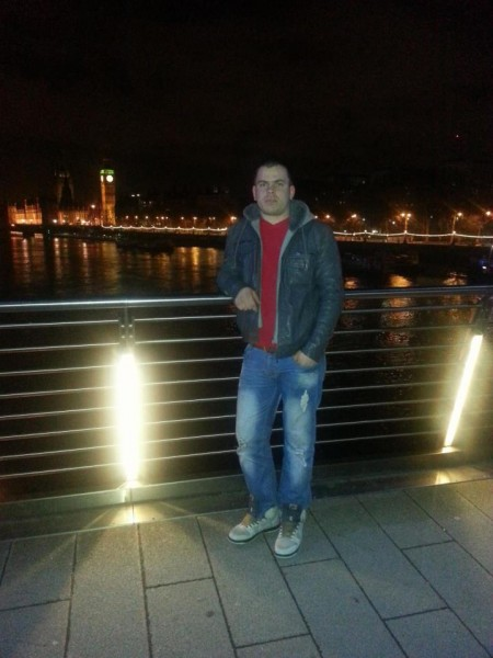 gabrielraduca91, barbat, 28 ani, Moinesti