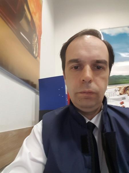 Kattallin, barbat, 42 ani, BUCURESTI