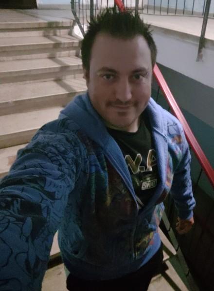 DavidAlin29, barbat, 28 ani, Ploiesti