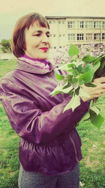 Sasha1, femeie, 63 ani, Targoviste