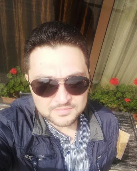 da74, barbat, 44 ani, Braila