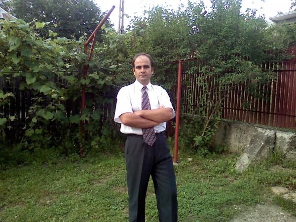 gigiblejan, barbat, 52 ani, Curtea de Arges