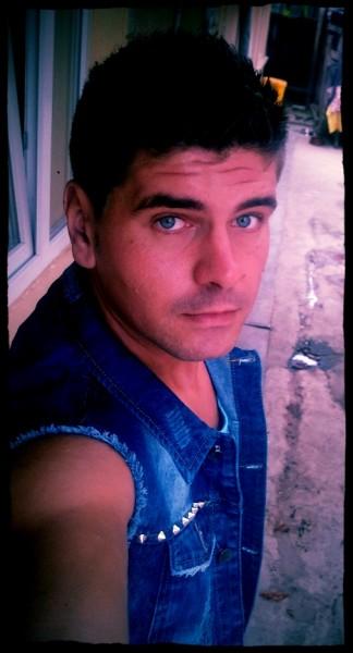 alin_berceni, barbat, 32 ani, BUCURESTI