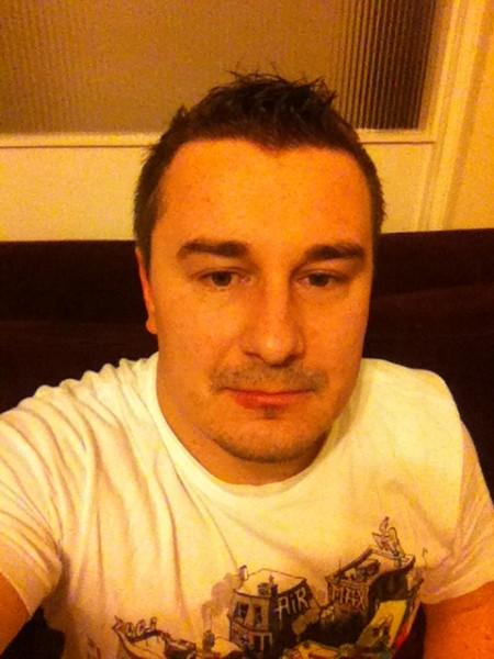 xxxraresxxx, barbat, 37 ani, Romania