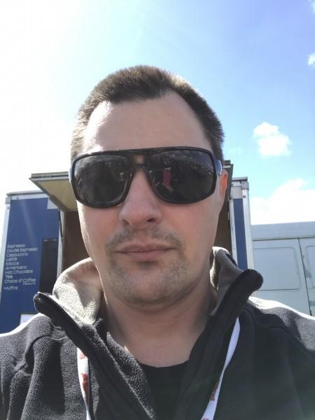 calians, barbat, 46 ani, Marea Britanie