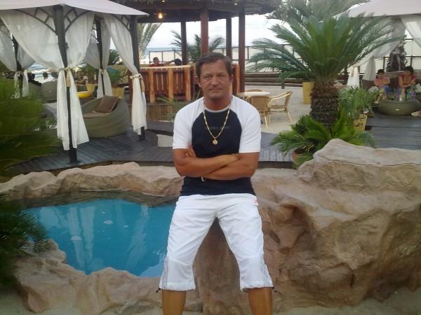 goldisor, barbat, 41 ani, Caransebes
