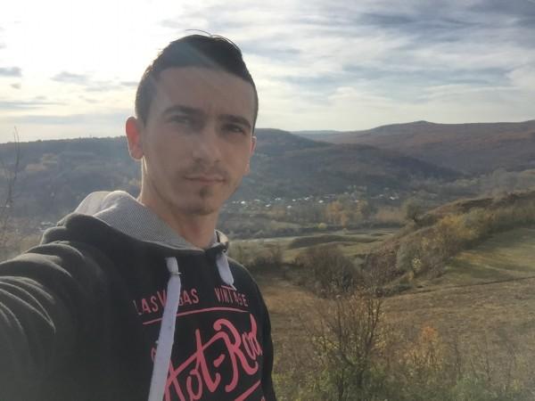 Vlucian, barbat, 21 ani, Focsani
