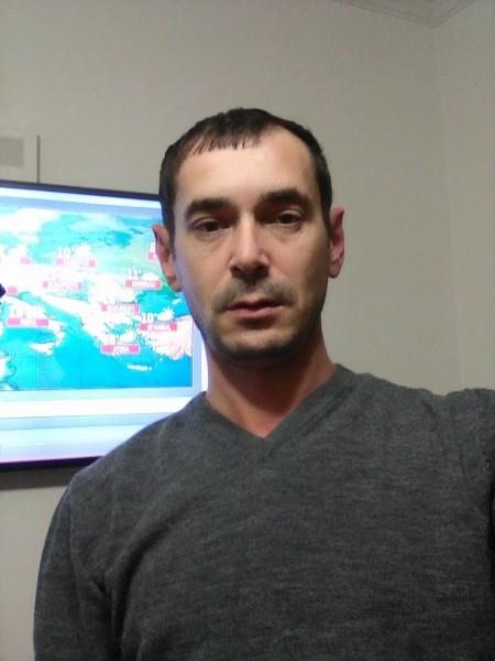cristi_m78, barbat, 39 ani, Pitesti